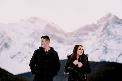 kananaskis engagement photos, winter engagement photos